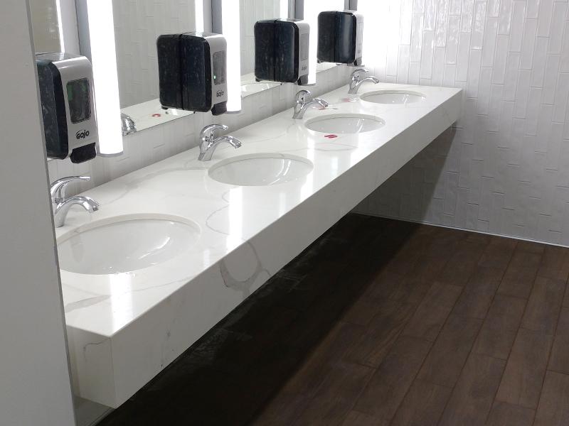 bathroom-four-sinks-wide