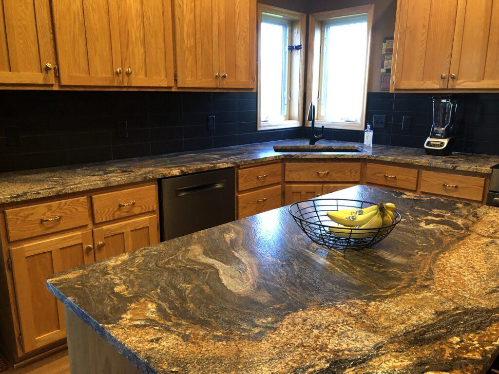 Hazeldine kitchen Desert Dream Granite